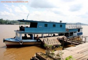 mahakam river, mahakam housboat