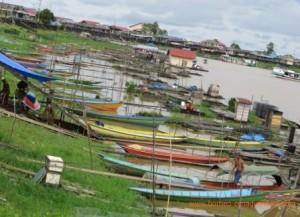 middle mahakam river, Borneo River Tour, Mahakam river Tour